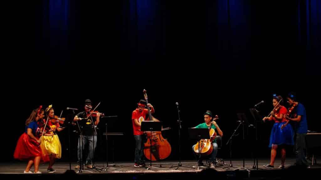 Orquestra Para Pequenos no Teatro Clara Nunes