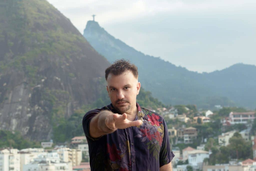 Macacko e Marcos Clement celebram parceria e apresentam seus novos lançamentos na Bahia