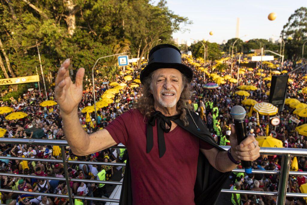 """Pelo sexto ano consecutivo, Alceu Valença leva seu bloco """"Bicho Maluco Beleza"""" para as ruas de São Paulo"""