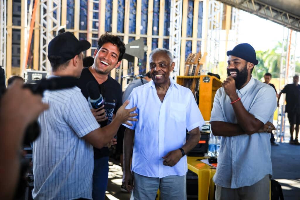 Devassa apresenta documentário, exclusivo Globoplay, sobre o encontro de Gilberto Gil e BaianaSystem