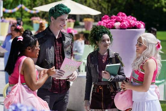 DISNEY CHANNEL - Spoilers de Zombies 2