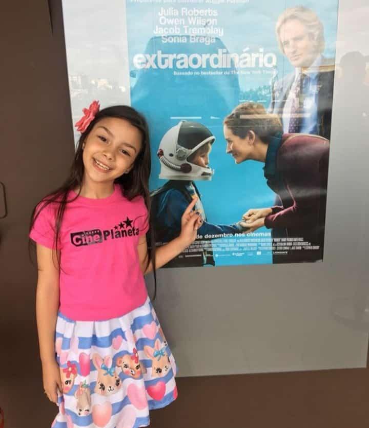 Mariah Wernay no Show de Talentos do Cine Estrelas
