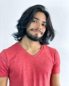 Apollo Costa – Ator e cantor – 22 anos