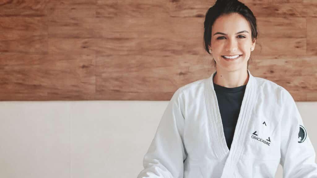 Curseria e Kyra Gracie lançam curso de defesa pessoal para mulheres