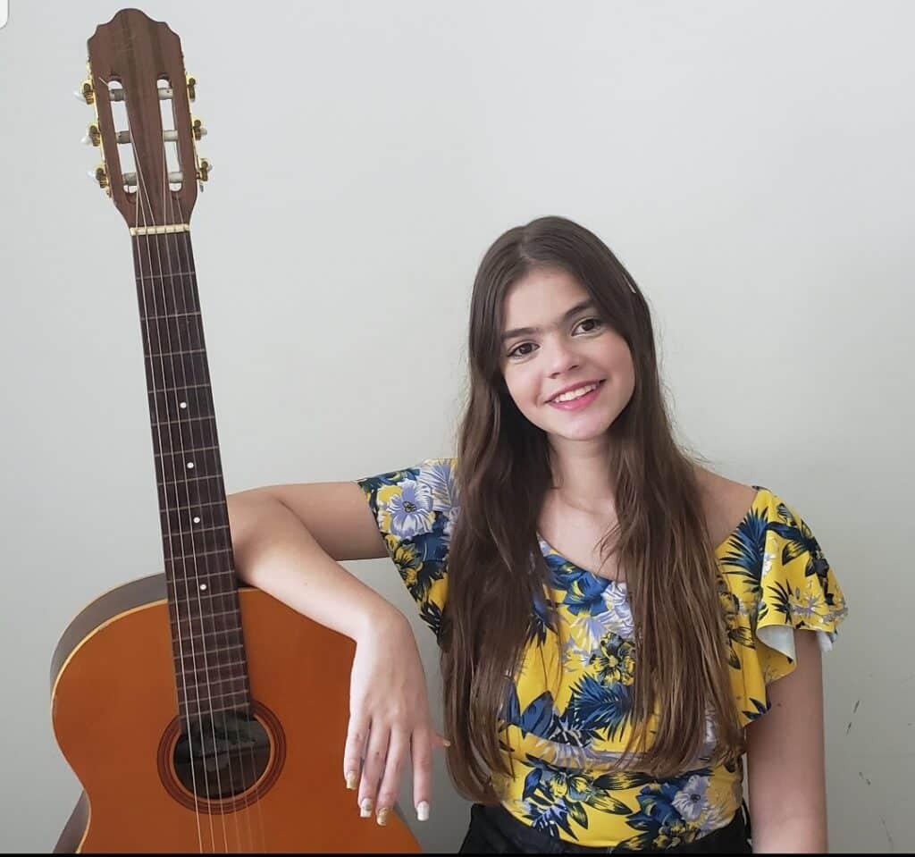 Millena Azevedo entrevista Show de Talentos Cineplaneta