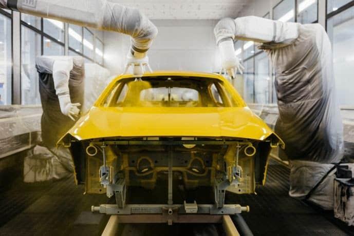 BMWGroup desenvolve novo processo de pintura para modelos Série 1 e 2 em sua fábrica de Leipzig, na Alemanha