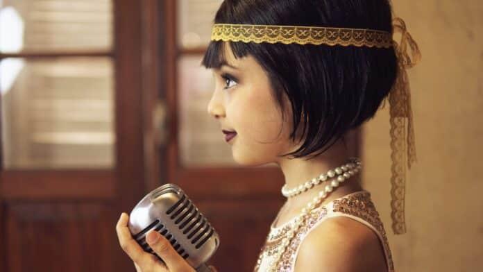 Jovem cantora Sofia Ghader lança releitura de 'Killing Me Softly with His Song'