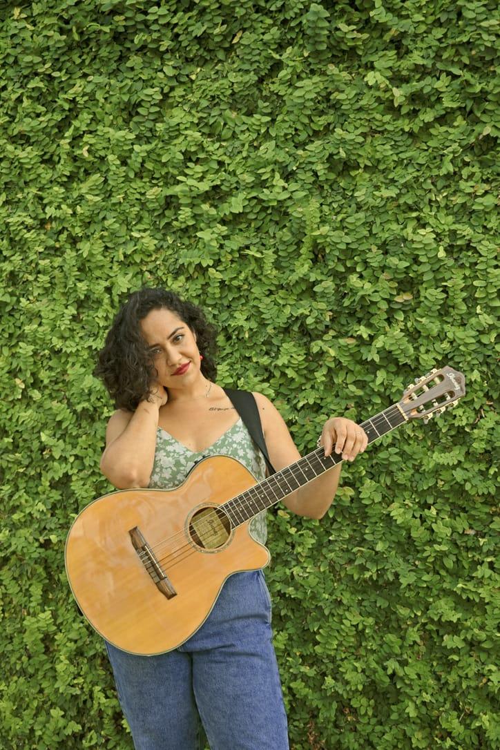 Tesania estrela Peruana no Show de Talentos Cineplaneta dia 2409